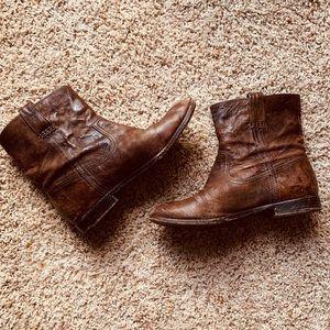 Short Frye boots